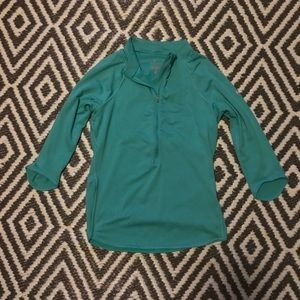 Women's Nike Dry Fit Half Zip Pullover. Size M.